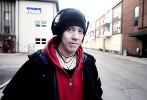 Jonte Wadin, 18 år, studerande, Borlänge:– Godis och glass ska vara till alla oavsett dag och ålder. Det är inte 1900-talet längre.