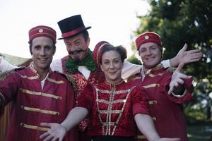 Dag Andersson, Harald Leander, Anna Lagerkvist och Morgan Alling bjuder på cirkustrick i