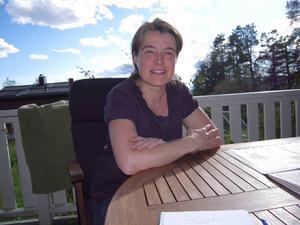 Läkaren Catrin Holgén blev intresserad av allergier som hennes specialitet när hennes man blev allergisk. I dag är dessutom två av hennes tre barn drabbade.