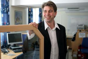 Stefan Bjöörn, platschef, letar säljare till Ljusdalskontoret som öppnar på måndag.
