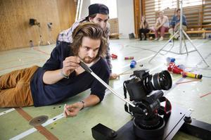 Joel Lundberg har tidigare varit med och gjort resedokumentärer och andra filmer på hobbybasis. Patrik Witkowsky är inte helt obevandrad i regissörsrollen då han pluggat regi- och manuskurser i San Fransisco.