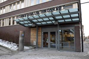 Mannen från Ånge som hotat en tidigare sambo och hennes mamma döms nu till fängelse.