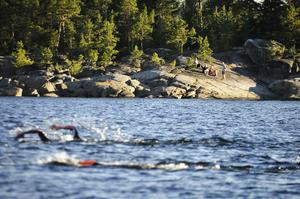 På lördag går startskottet för Juniskär Swimrun.