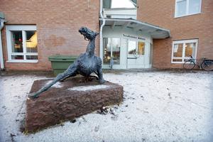 Torvallaskolan får färre elever än planerat från Ängsmogården i höst.