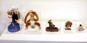 Barnen har fått fria händer att tillverka nya objekt av gamla prylar och leksaker.