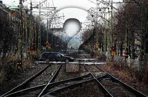 Vad ska hända med järnvägen genom stan? I dag träffas Banverket och kommunen för att hitta en lösning.