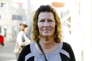 Pia Eriksson, Östersund:   1. Barn- och äldreomsorg   2. Ja   3. Pass på den frågan