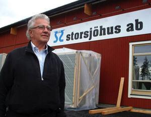Klas Lif har tagit hem en order om 61 hus värd 21 miljoner kronor till sin nya fabrik i Pilgrimstad.