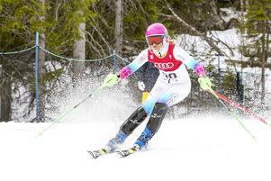 Elsa Wilhelmsson från arrangerande Funäsdalens SLK blev 24 i SM i slalom.