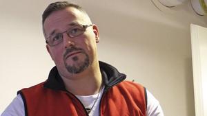 Patrick Roos är certifierad massageterapeut som även erbjuder föreläsningar inom mental hälsa.