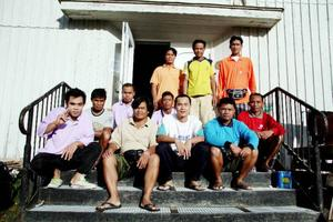 I Mons skola bor flera av de thailändarna som är i Hammerdalstrakten för att plocka bär. En bovärd finns på plats och sköter servicen för dem.Foto: Holger Persson