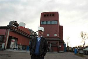 LEDER ARBETET. Lars Taflin är projektchef för Erasteels nya stortsatsning på pulverstål. Här på den exakta platsen för utbyggnaden.