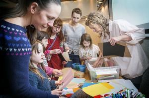 Författaren och illustratören Stina Wirsén höll workshop på Östersunds bibliotek.