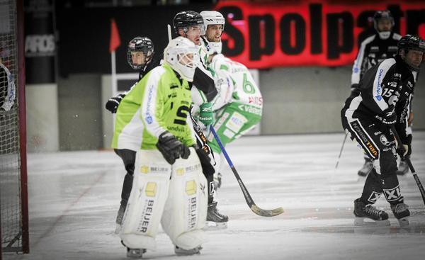 Jonas Nilsson spelar inte i kvartsfinal 3 mot Sandviken.