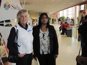 SAMARBETE. Sedan nästan tio år tillbaka har Gävle ett samarbete med kommunen Buffalo city i Sydafrika. Partnerskapet är till stor del finansierat med Sidapengar och Gävles internationella sekreterare Laila Nordfors har under Globala Gävle-dagarna besök av Darby Gounden, internationell sekreterare i Buffalo city.