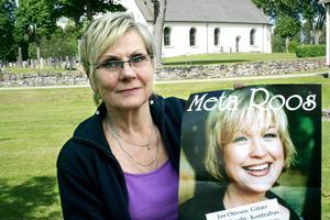 Marknadsgeneralen Ingela Oxelgren gläds över att Meta Roos kommer till årets Lerbäcksmarken. BILD: BJÖRN PALMQVIST