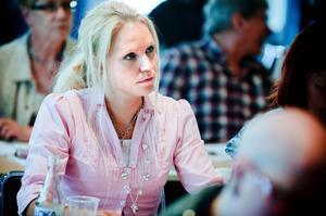 Hanna Lindgren har vilat och funderat under helgerna och bestämt sig för att fortsätta som S-politiker.