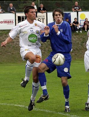 Erik Bäcklin, till vänster, slutar med fotboll efter 19 säsonger.