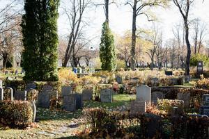 Inom Norrbärke församling finns totalt 5 000 gravar, och cirka 1 900 saknar i dag uppgifter om vem som är gravrättsinnehavare.