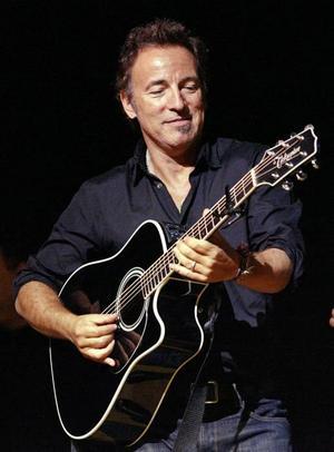Hej igen. sommar blir det stockholmarnas tur att få se Bruce Springsteen.
