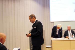Roland Kasper tar nu över som vd och koncernchef.