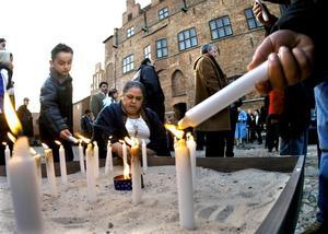 Grov rasism. Den romska nationaldagen firas i Malmö. Rasismen mot romer har varit så grov och så utbredd att det vilar en tung bevisbörda på det svenska samhället.Arkivbild: Drago Prvluvoc/Scanpix