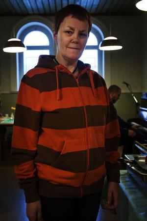 Gunilla Jakobsson ringde och erbjöd sig att hjälpa till på EFS onsdagsluncher när hon fick veta att det behövdes folk.