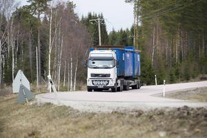 Här vid Lomshed längs väg 56 byggs ny väg öster om Valsjön enligt ett av alternativen.