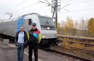 Per Haldin och Hans Carlsson hoppas på tågstopp i Valskog.