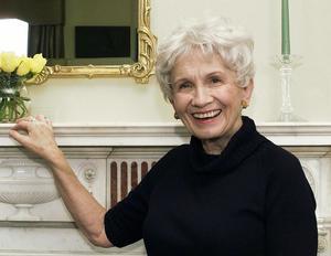 Alice Munro är årets Nobelpristagare i litteratur.