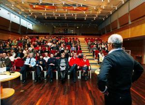 Kjell Wedin berättar att flera skolor i Jämtland inte har något handlingsprogram för att hantera drogproblem. En stor brist eftersom just skolan spelar en mycket viktig roll när det handlar om att förhindra framtida missbruk.  Foto: Jan Andersson