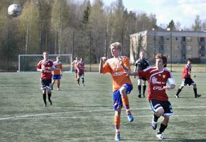 Oliver Widahl var på hugget i hemmapremiären och gjorde två mål när Bollnäs sänkte Stugsund med 3–2.