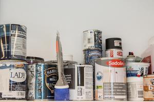 Mäklarna i undersökningen anser att det mest kostnadseffektiva sättet att öka värdet är att måla och fräscha upp ytskikten.