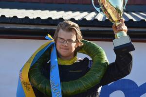 Jädraåskillen Linus Andersson förblev obesegrad i juniorklassen i Lumekfestivalen.