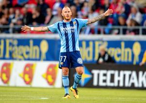 Djurgårdens sommarförvärv Magnus Eriksson har ett tungt skott enligt Oscar Jonsson.