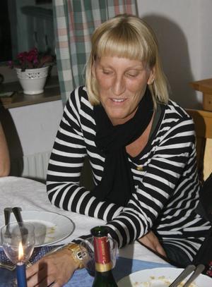 Kajsa Gladh från Bergsjö gick direkt in i fullmäktige trots att Moderaterna tappade ett mandat. Hon blev 2009 ersättare i utbildningsnämnden.