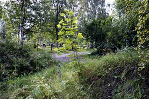 Det sägs att de som avrättades begravdes i närheten av Bålbacken.