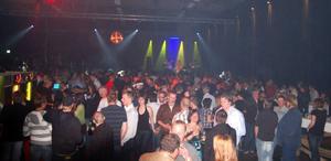 Vemdalsforum drar tusentals människor till Vemdalen, för fest och dans.    Foto: Jussi Svensson