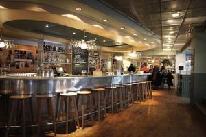 Restaurang Niklas rymmer förutom en väl tilltagen bar, även matsal och nattklubben Kåken. Foto: Fredrik Alverland