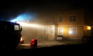 Den 18 november fattade den 99 år gamla Hemgården i Silfhyttan eld. Styrkor från Ludvika och Smedjebacken hjälptes åt att släcka elden i flerfamiljshuset, som bara var minuter från att övertändas. Ingen person kom till skada i samband med branden men huset drabbades av stora skador.