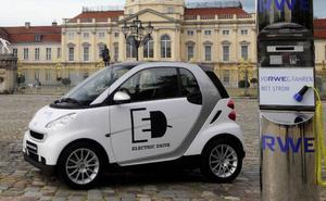 Bild 3: Tyska kraftbolaget RWE samarbetar med Smart i projektet e-mobility Berlin.Foto: Smart