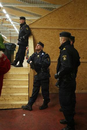 Fick rycka in. Polis kallades till matchen mellan Valbo och Arboga.