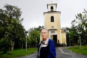 Herbert Sjödin, kyrkorådets ordförande, har drivit frågan om Gamla kyrkans fortsatta öppethållande. Nu har han fått den borgerliga majoriteten på sin sida. Kyrkan kommer att fortsätta med sin dagverksamhet, men beslutet har nu överklagats.Foto: Ulrika Andersson