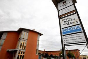 Driften av Sandbacka kostade förra året skattebetalarna i Sandviken nästan 5 miljoner kronor. Fastighetsförvaltningen  gjorde ett minusresultat med  2,3 miljoner. Till det kommer kostnaden på 2,5 miljoner för utvecklingsgruppen med fem personer.