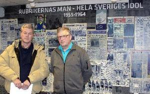 Börje Cederskog och Per-Arne Oscarsson hälsar alla välkomna till invigningen av Sixtens museum.     foto: rolf johansson
