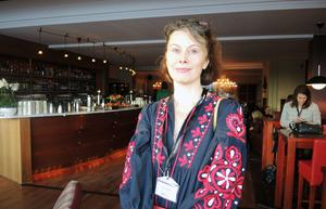 Cecilia Tengroth, Röda Korset, folkrättsexpert.