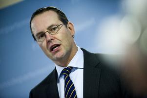 Tredje kvartalet visade på en stark svensk ekonomi. 2012 riskerar dock bli ett tungt år för svensk del. Prognoserna pekar på nolltilväxt. Och frågetecknen är många, givet turbulensen inom Eurozonen och USAs väntade åtstramningar.
