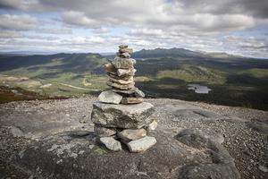 På toppen av Funäsdalsberget är utsikten vild och vacker. Anåfjället i bakgrunden.