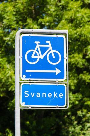23 mil cykelvägar gör det enkelt att trampa runt ön.   Foto: Milosz M/Shutterstock.com