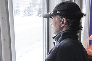 Christer Bjöörn är besviken på kommunens hemmaplanslösning och vill tillbaka till behandlingshemmet i Småland.